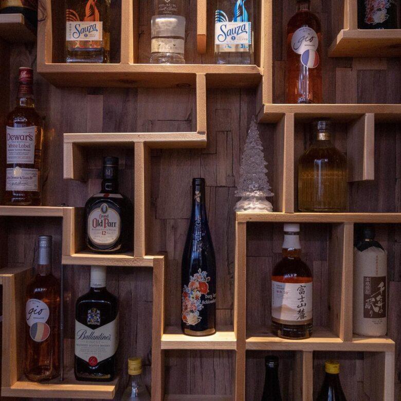 ビール、日本酒、ワイン、ウイスキー等などご用意してお待ちしております。 #ビール #日本酒 #ワイン #ピーロート  #カクテル #ノンアルコールカクテル #富士山麓 #ブラックニッカ #サントリー角瓶 #ザ・ラッキーキャット アッシュ'99 #一次会 #二次会 #大分 #萩原 #牧 #ダイニングバー #bar #ネコンテ